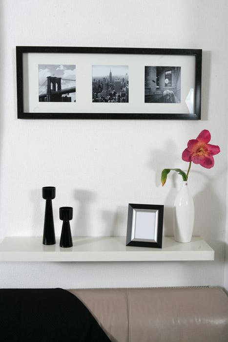 Dekoration mit schwarzweißen Bilderrahmen