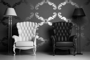 Sessel in Schwarz und Weiß